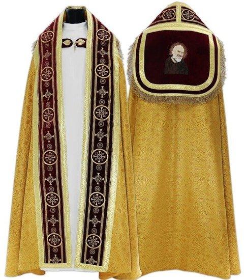 Roman Cope Saint Padre Pio model 579